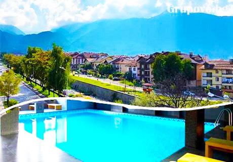 Семейна почивка в Банско! Нощувка за 3-ма или 2-ма с две деца със закуски и вечери + басейн и СПА в хотел Ривърсайд****