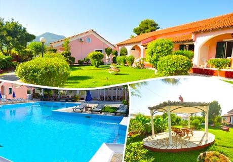 Цяло лято на 100 метра от плажа Ахарави в Корфу - Нощувка в студио или апартамент +басейн + две деца до 12г. БЕЗПЛАТНО в Tassos Apartments!