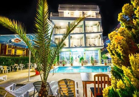 Нощувка със закуска и вечеря + басейн за 30 лв. в хотел Елири***, Несебър
