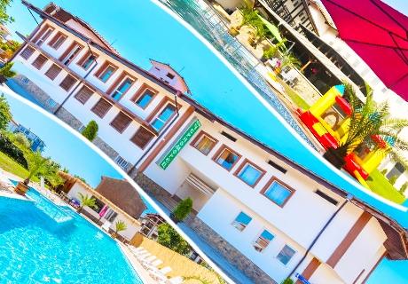 През Юли и Август в Черноморец на ТОП ЦЕНА! Нощувка + басейн с детска секция и джакузи само за 28 лв. от НОВИЯ хотел Черноморец
