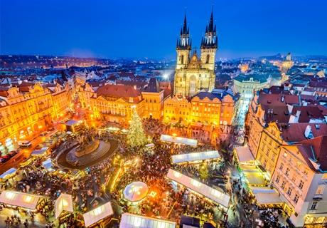 Зимна приказка в Прага! Транспорт + 3 нощувки със закуски от Солео 8