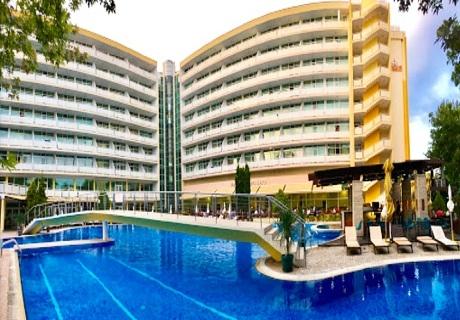 All Inclusive + басейн на 80 м. от плажа в Гранд хотел Оазис, Слънчев бряг