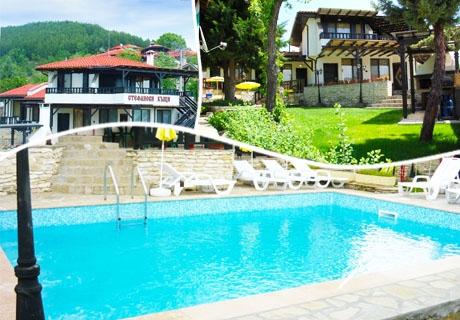 Лято край язовир Кърджали с цялата компания! Наем на самостоятелна къща + басейн, джакузи и 2 барбекюта в Комплекс Стефанови къщи, с.Главатарци