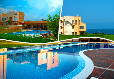 Лиято в Лозенец! Нощувка в апартамент за до шестима в Seagarden Villa Resort