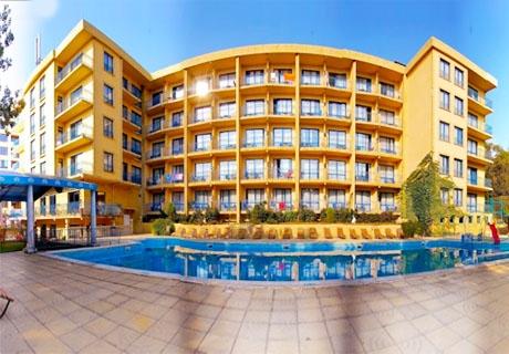 Нощувка на база All Inclusive + басейн през Септември в хотел Дана Палас***, Златни пясъци