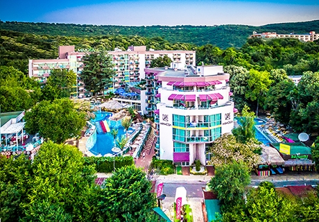 Септември в Златни пясъци! Нощувка на база All inclusive + 2 басейна, водни пързалки и анимация в СООЕЕ Mimosa Sunshine Hotel****. Дете до 13г. - БЕЗПЛАТНО!
