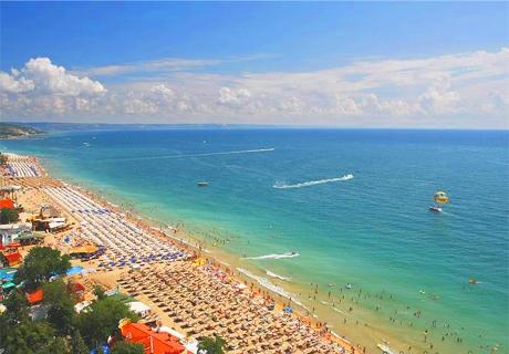 Септември на 100м. от плажа в Златни Пясъци! All Inclusive Light в хотел Мечта