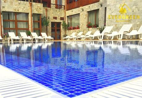 Нощувка със закуска + 2 басейна и релакс зона в хотел Евъргрийн, Банско