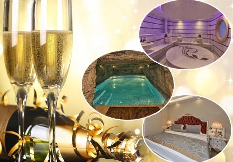 4-звездна Нова Година в Истанбул! Транспорт, 3 нощувки със закуски + туристическа програма от Караджъ Турс