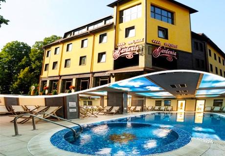 Лято в Парк хотел Гардения****, Банско на ТОП цена. Нощувка, закуска и вечеря + плувен басейн и СПА само за 42 лв.