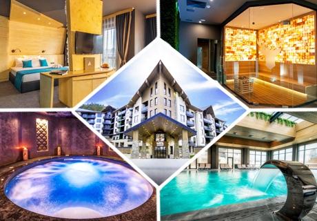 Нощувка за двама със закуска и вечеря + минерални басейни и СПА пакет в хотел Арте СПА*****, Велинград