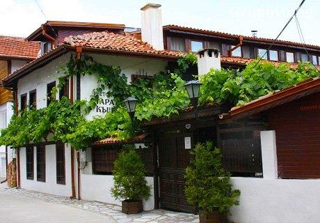 Наем на самостоятелна къща за 21 човека за нощувка със закуска в Старата къща, Велинград