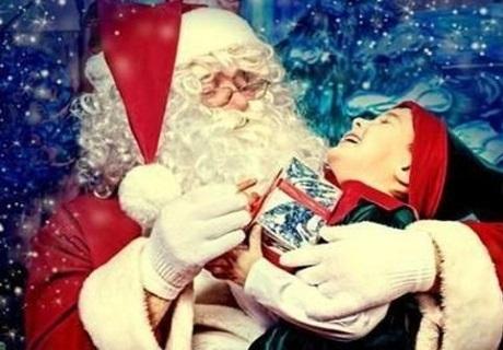 30 минутно посещение на Дядо Мраз на адрес на клиента на самата Нова година от Театър Пан!