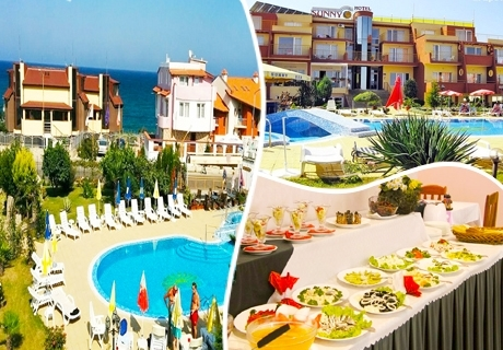 Лято в Созопол на 50м. от плажа! Нощувка със закуска, обяд* и вечеря + басейн в хотел Съни***