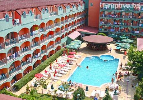 Нощувка на човек със закуска и вечеря + басейн и анимация от хотел Кокиче*** Слънчев бряг