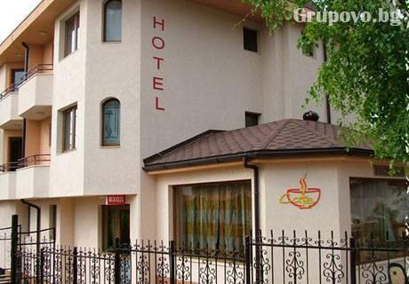 Нощувка със закуска само за 21 лв. на ден в хотел Емали, гр. Банкя