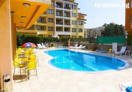 Цяло лято в Слънчев бряг на ТОП ЦЕНИ. Нощувка със закуска и вечеря + басейн в хотел Дариус.
