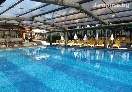 СПА център и басейн с МИНЕРАЛНА вода във Велинград.Нощувка, закуска, обяд и вечеря само за 60 лв. в хотел Елбрус***