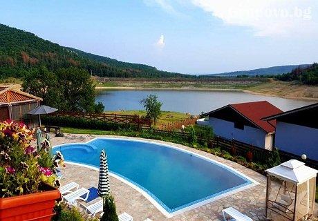 Релакс в Средна Гора! Наем на напълно оборудвана къща с капацитет 8 човека в къщи за гости Аргирови