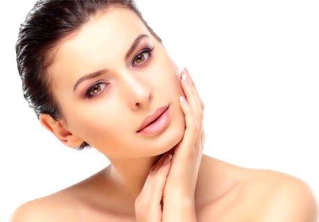Кислородна изсветляваща терапия на лице с витамин С на ProfiDerm за 19.90 лв. от Beauty studio Sunflower