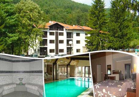 Гергьовден в Троянския Балкан! 3 нощувки, закуски и вечери, едната празнична с DJ + басейн, топло външно джакузи и релакс пакет в комплекс Острова, Бели Осъм.