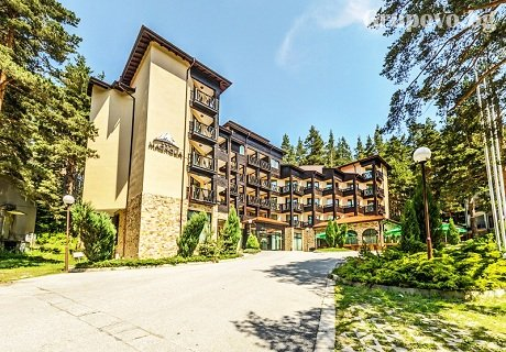 Гергьовден в Паничище. 2 или 3 нощувки със закуски и вечери (едната празнична) + СПА в хотел Магнолия***