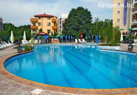 СПА лято в Хисаря! Нощувка, закуска + 2 басейна с минерална вода и релакс зона от хотел Албена***