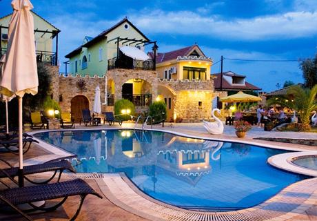 Релакс на о. Тасос! Нощувка + басейн в хотел Kastro до Скала Потамиас, Гърция!
